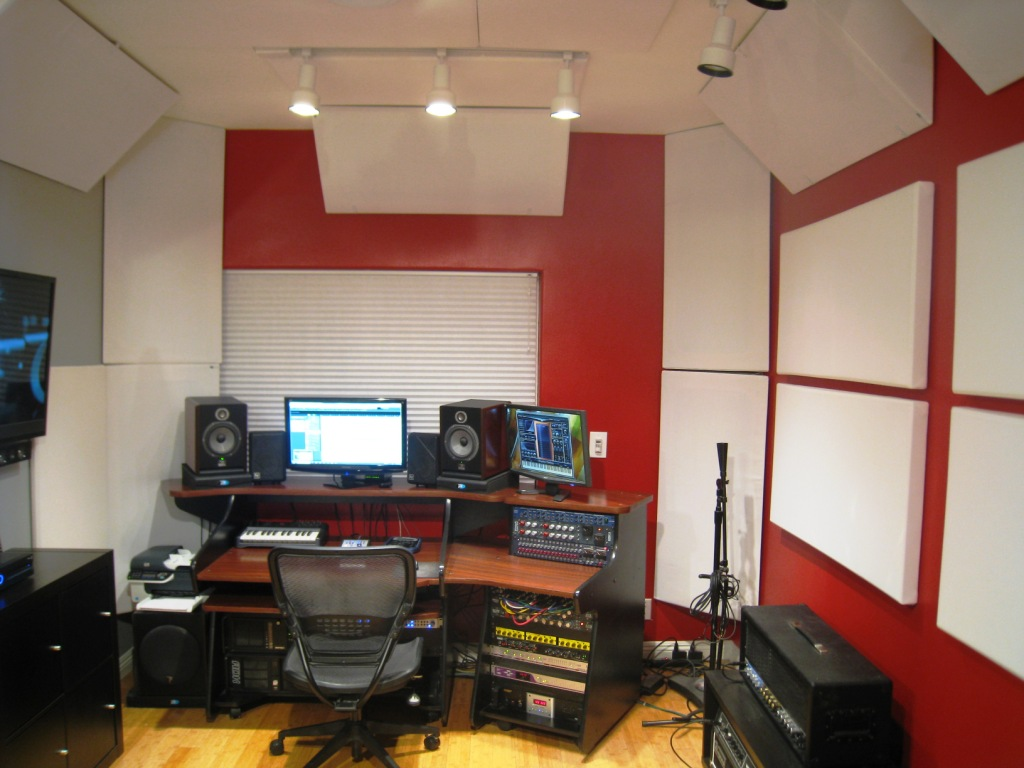 Composer Producer Mike Plas Gik Acoustics Europe
